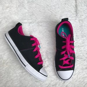 Converse Chuck Taylor All Stars Low Top Sneakers